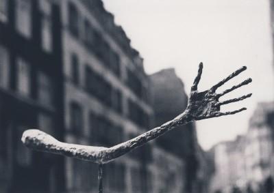 Giacometti, Alberto. Die Hand, 1947